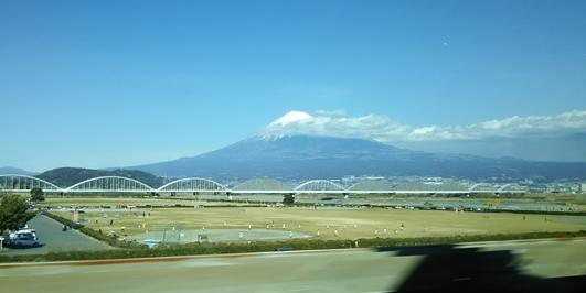 車窓から見た富士山。.jpg